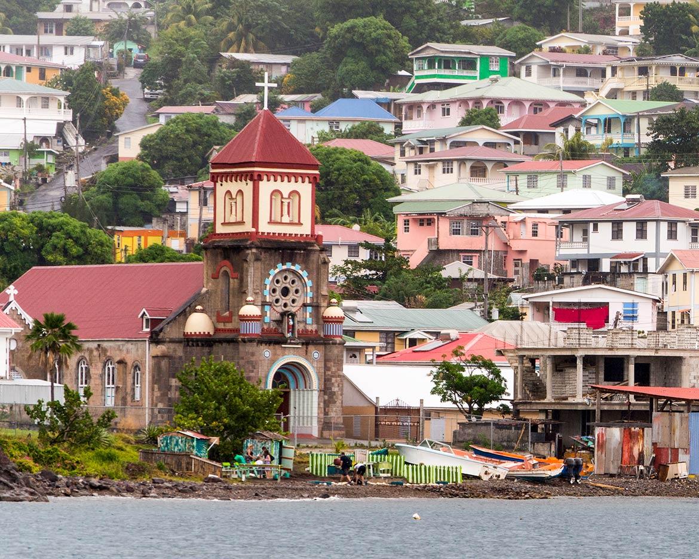 اخذ پاسپورت و تابعیت دومینیکا